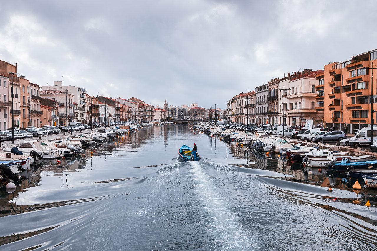 Le Canal de Sète, depuis le pont de la Bordigue.