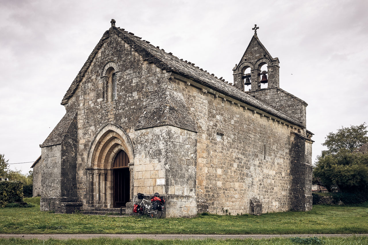 Église Ste Radegonde, à Theil Rabier.